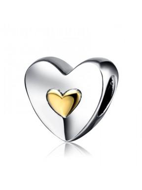 Charm con corazón dorado